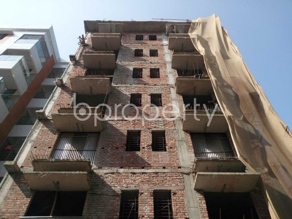 Front view - 3 Bed Apartment for Sale in Aftab Nagar, Dhaka - 1906487