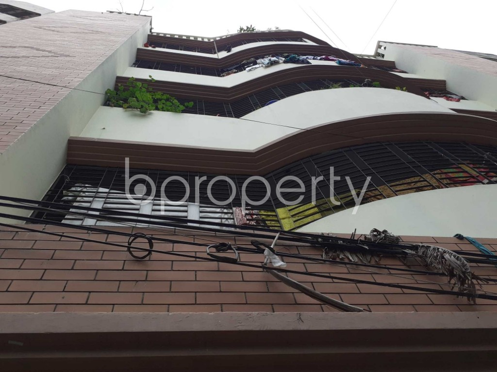 Front view - 3 Bed Apartment to Rent in Mohammadpur, Dhaka - 1906714
