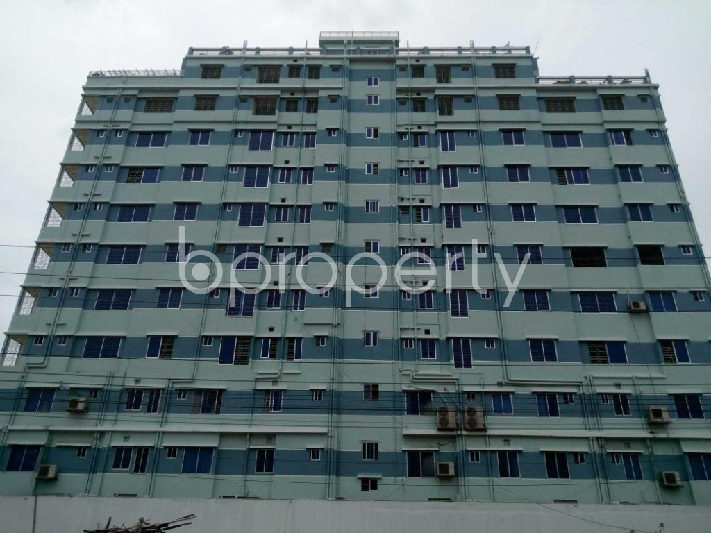 Front view - Office to Rent in Aftab Nagar, Dhaka - 1906819