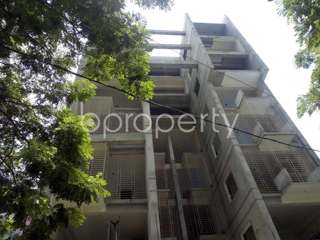 Front view - 2 Bed Apartment for Sale in Bashundhara R-A, Dhaka - 1907286
