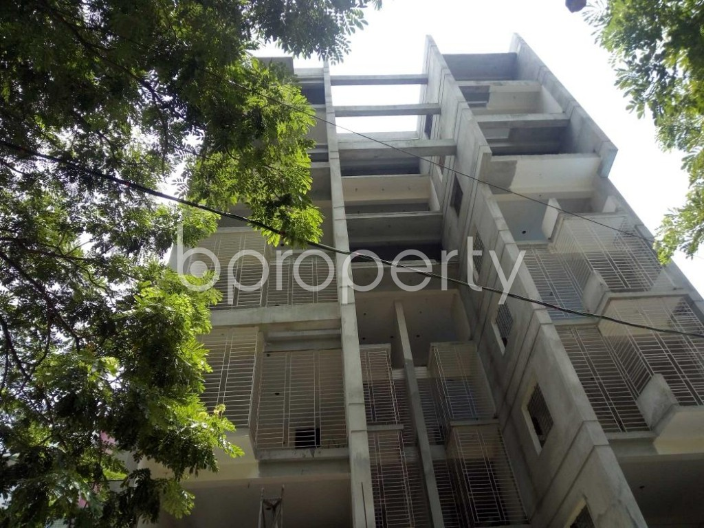 Front view - 2 Bed Apartment for Sale in Bashundhara R-A, Dhaka - 1907287