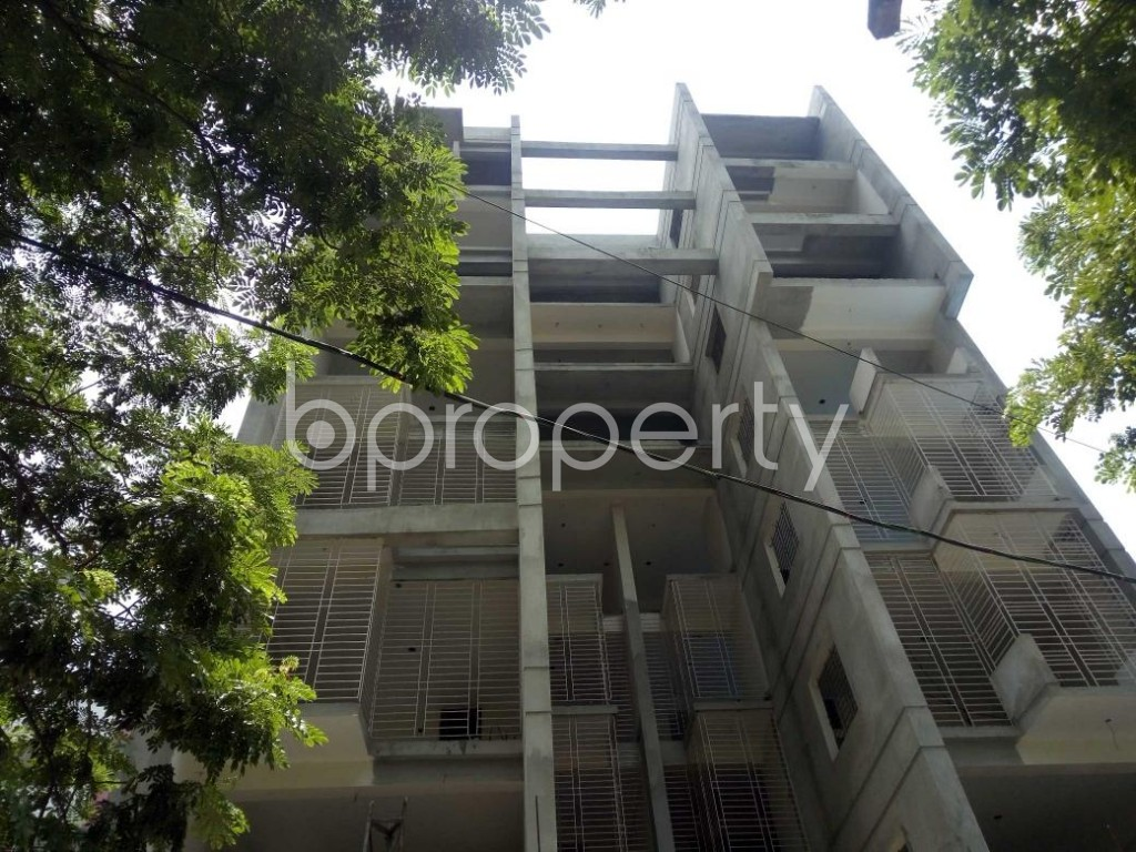 Front view - 2 Bed Apartment for Sale in Bashundhara R-A, Dhaka - 1907288