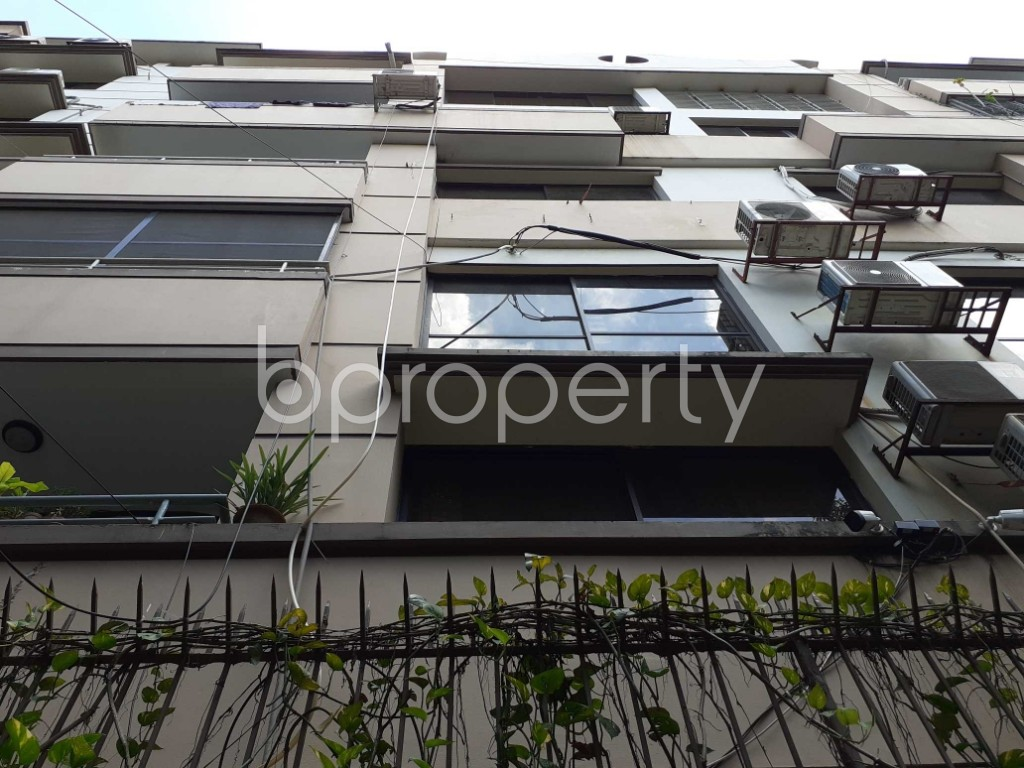 Front view - 3 Bed Apartment for Sale in Gulshan, Dhaka - 1907297