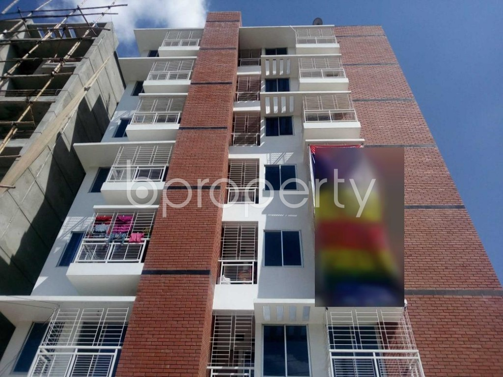 Front view - 3 Bed Apartment for Sale in Aftab Nagar, Dhaka - 1907447