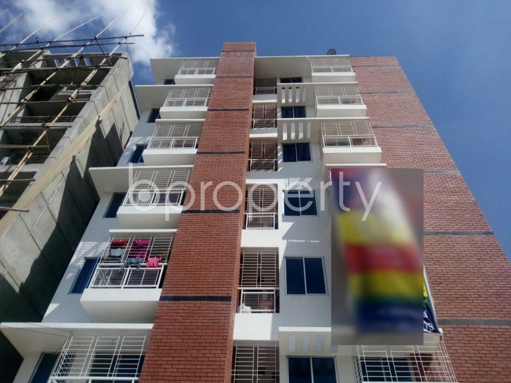 Front view - 3 Bed Apartment for Sale in Aftab Nagar, Dhaka - 1907448
