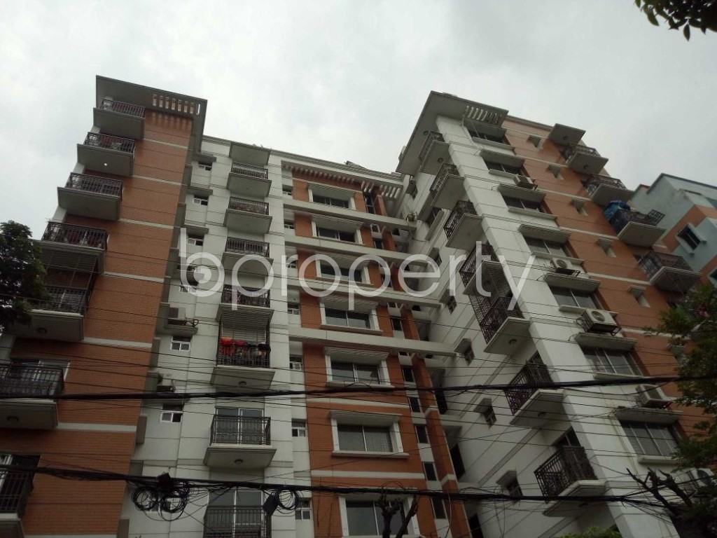 Front view - 4 Bed Apartment for Sale in Bashundhara R-A, Dhaka - 1908191