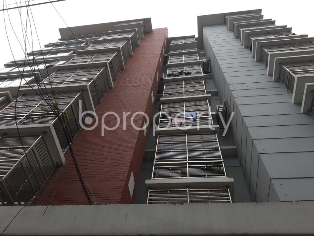 Front view - 4 Bed Apartment for Sale in Gulshan, Dhaka - 1908380