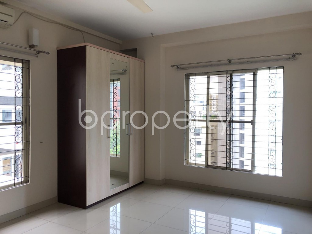 Image 1 - 4 Bed Apartment for Sale in Banani, Dhaka - 1906004