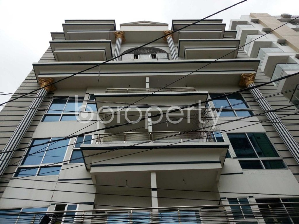 Front view - Office to Rent in Aftab Nagar, Dhaka - 1909539