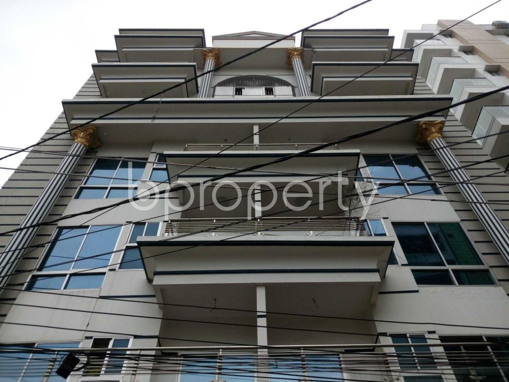 Front view - Office to Rent in Aftab Nagar, Dhaka - 1909541