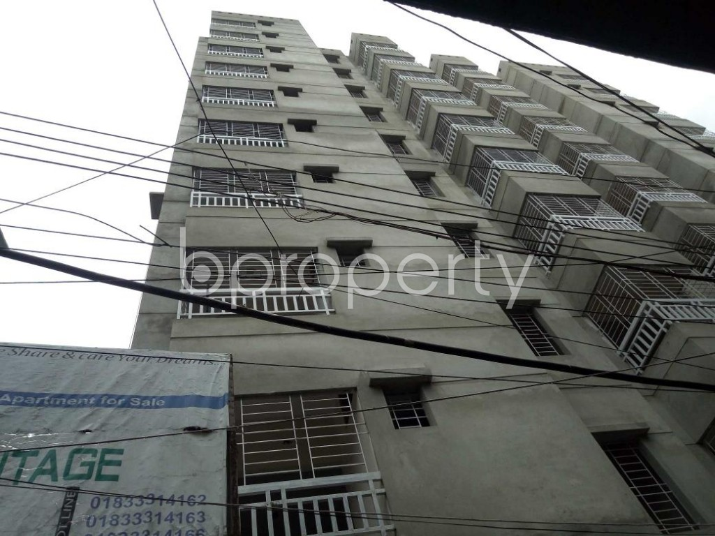 Front view - 3 Bed Apartment for Sale in Dhanmondi, Dhaka - 1910044