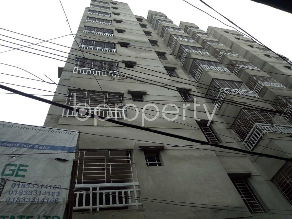 Front view - 3 Bed Apartment for Sale in Dhanmondi, Dhaka - 1910046