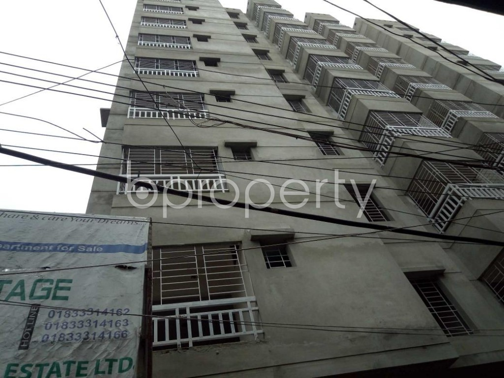Front view - 3 Bed Apartment for Sale in Dhanmondi, Dhaka - 1910049