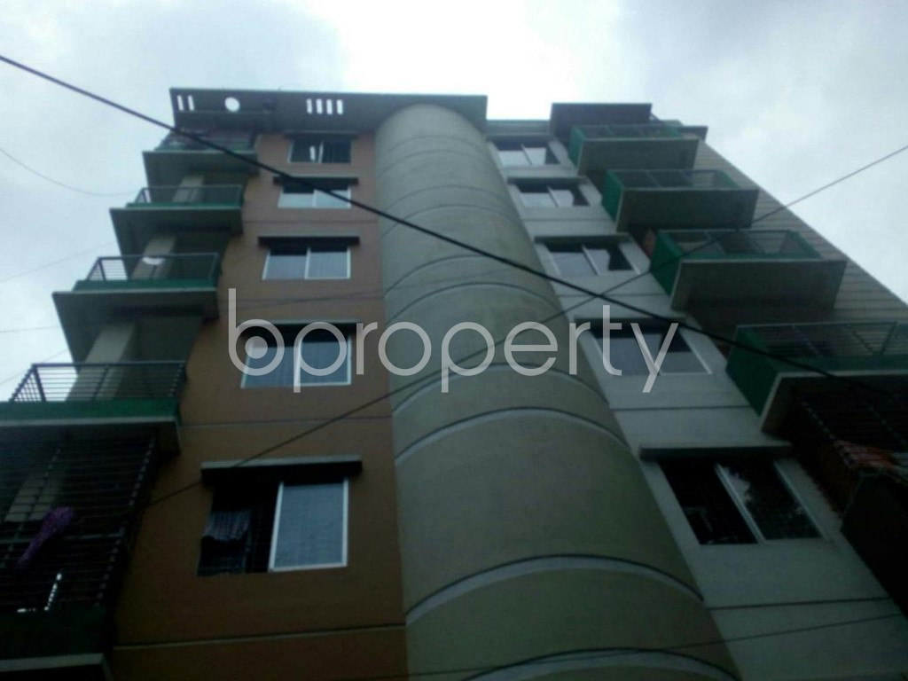 Front view - 3 Bed Apartment for Sale in 9 No. North Pahartali Ward, Chattogram - 1910055