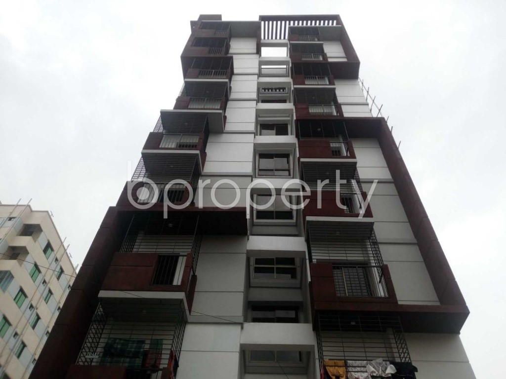 Front view - 3 Bed Apartment for Sale in Aftab Nagar, Dhaka - 1910133