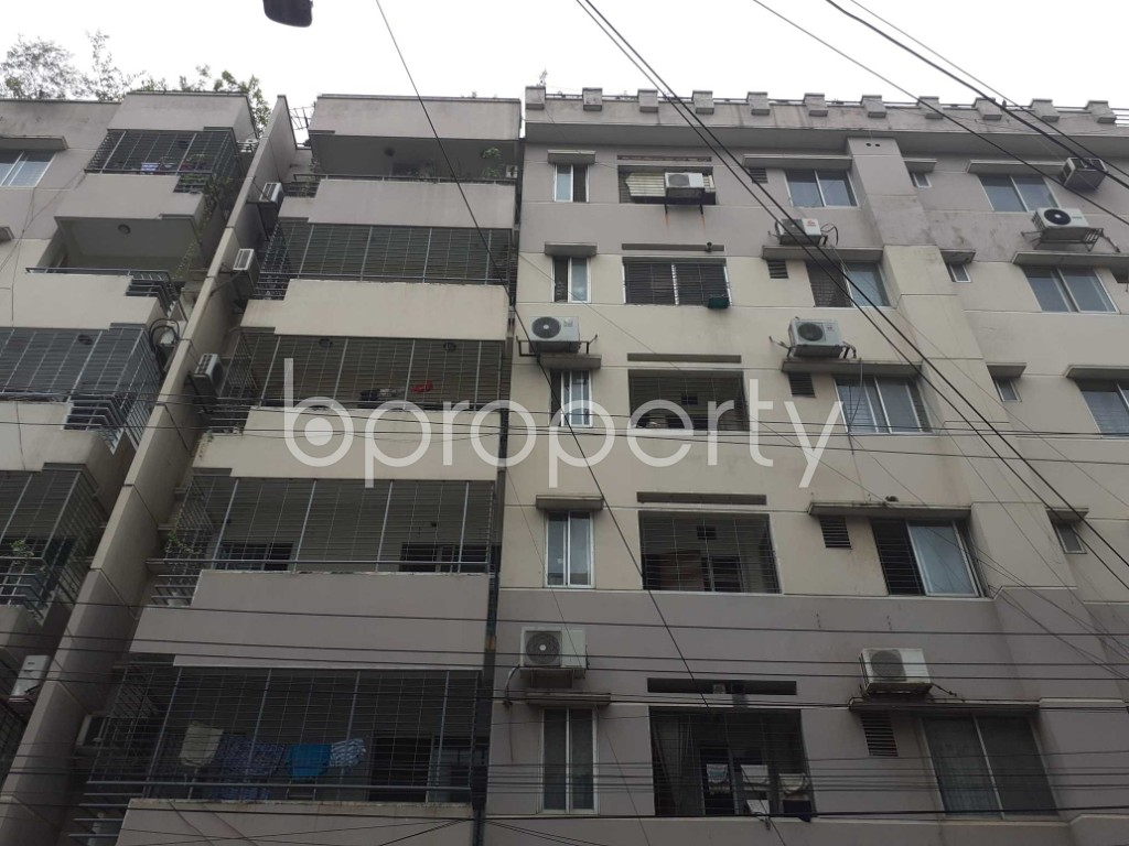 Front view - 3 Bed Apartment to Rent in Gulshan, Dhaka - 1910243