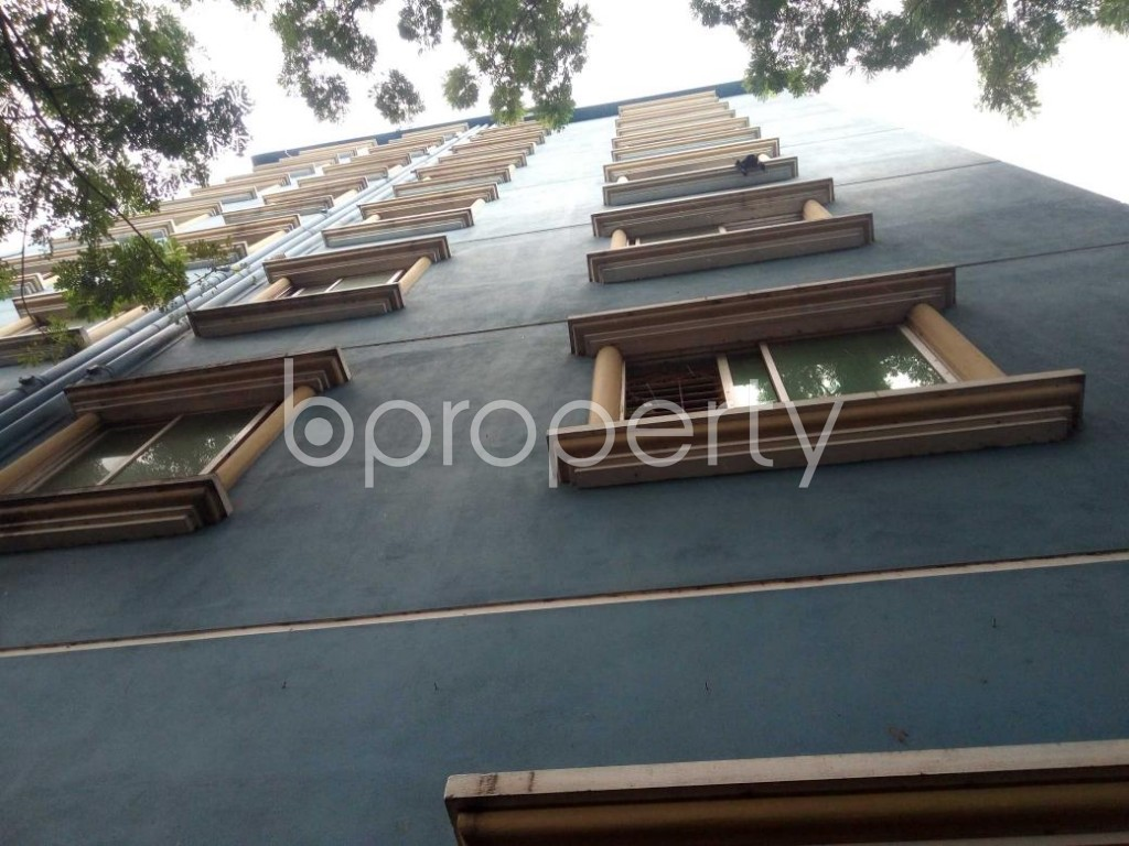 Front view - 3 Bed Apartment to Rent in Lalbagh, Dhaka - 1910485