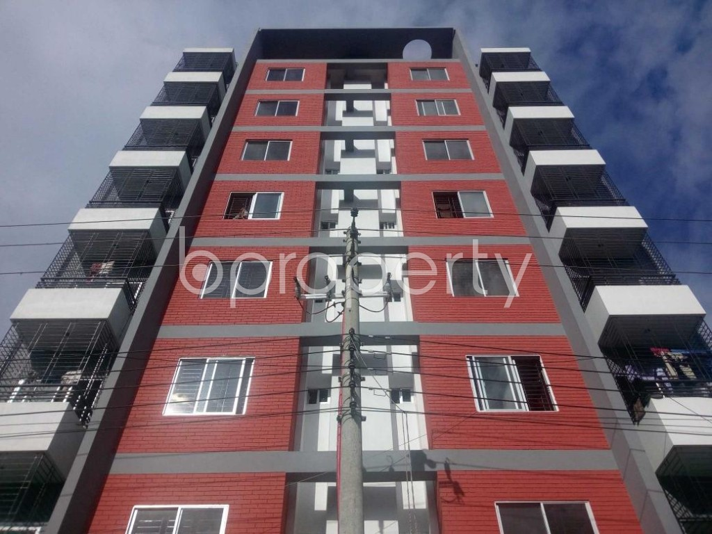 Front view - 3 Bed Apartment for Sale in Aftab Nagar, Dhaka - 1910661