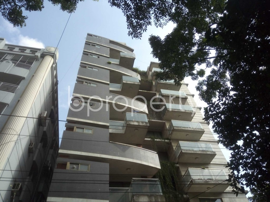 Outside view - 4 Bed Apartment for Sale in Baridhara, Dhaka - 1910775