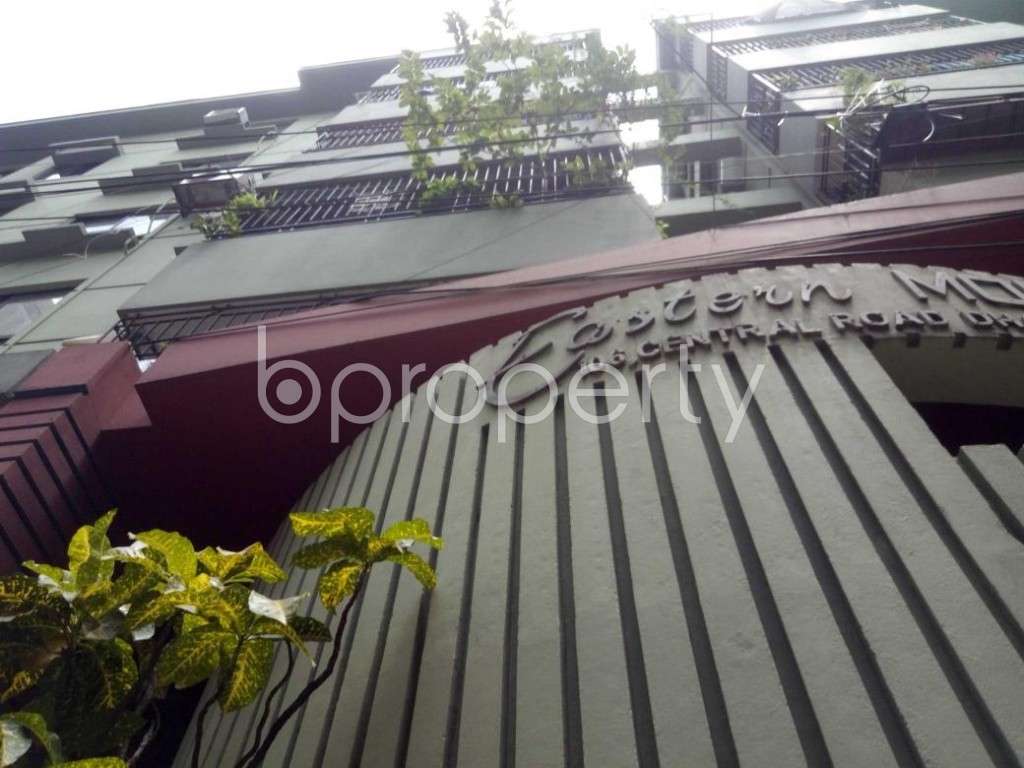 Front view - 3 Bed Apartment to Rent in Dhanmondi, Dhaka - 1910801