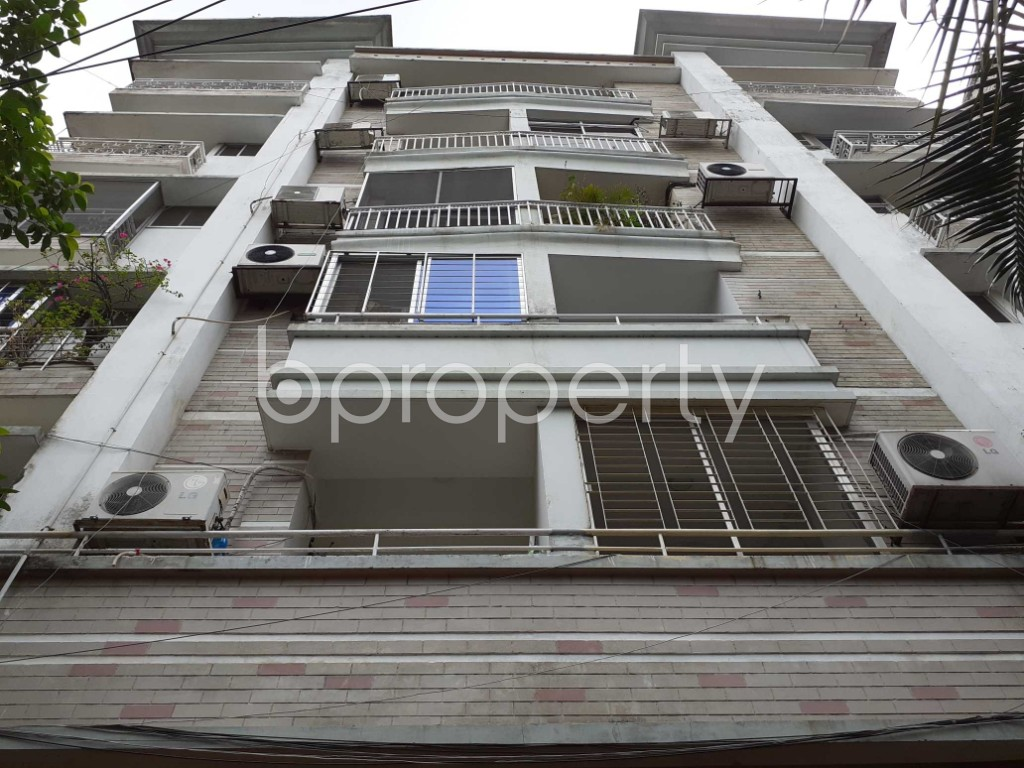 Front view - 3 Bed Apartment to Rent in Gulshan, Dhaka - 1910832