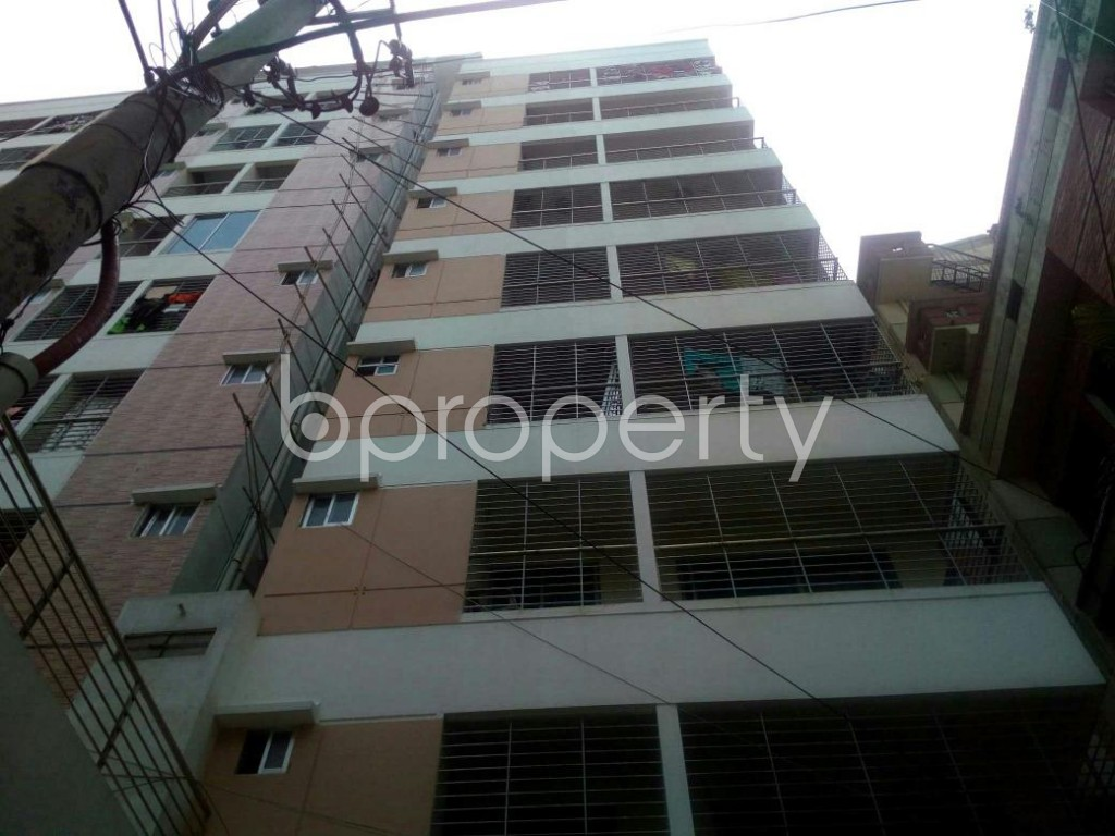 Front view - 3 Bed Apartment for Sale in Dhanmondi, Dhaka - 1911190