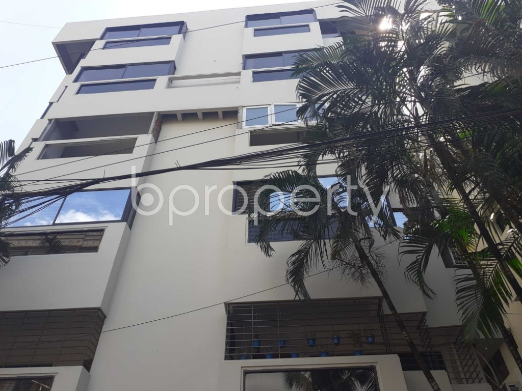 Front view - 4 Bed Apartment to Rent in Gulshan, Dhaka - 1911320