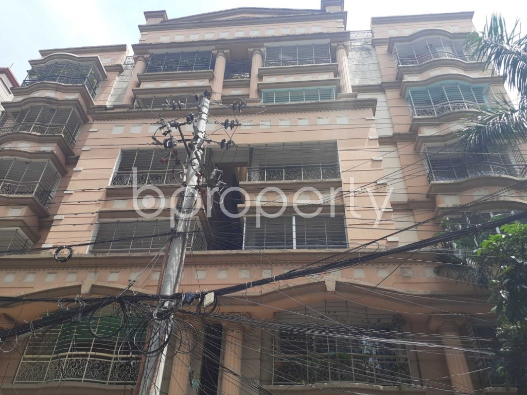 Front view - 3 Bed Apartment to Rent in Gulshan, Dhaka - 1911416