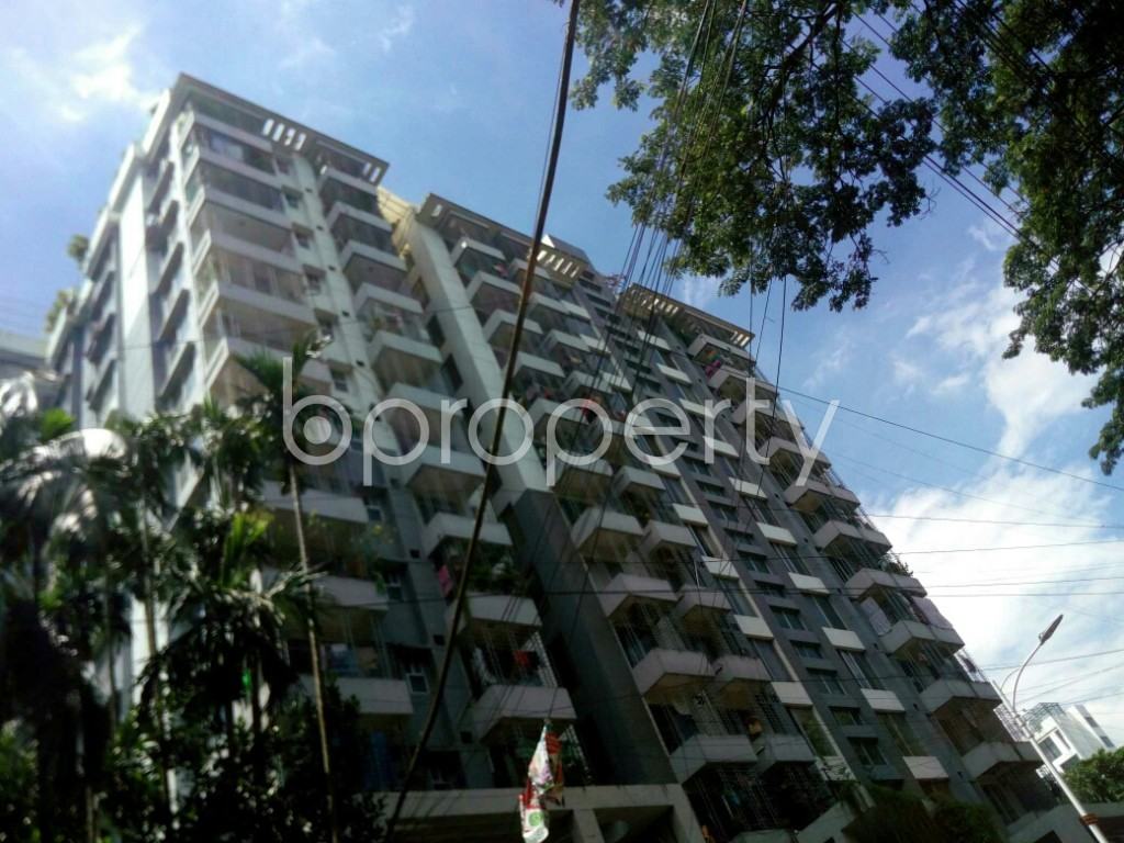 Front view - 3 Bed Apartment for Sale in 16 No. Chawk Bazaar Ward, Chattogram - 1911611