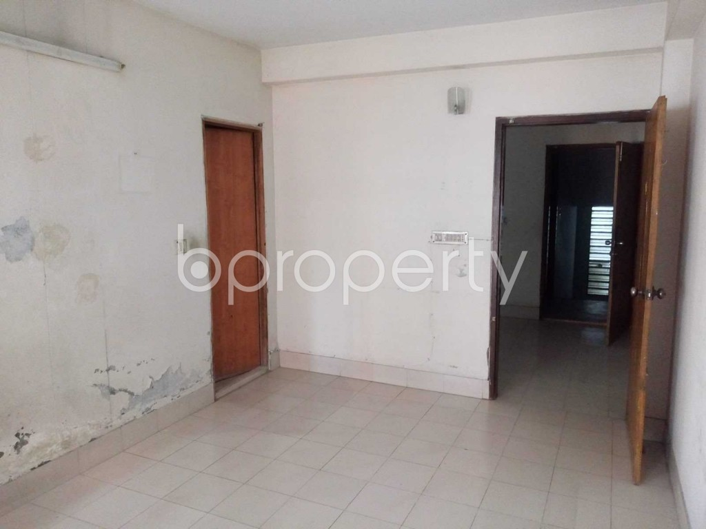Bedroom - 3 Bed Apartment to Rent in Mohammadpur, Dhaka - 1911636