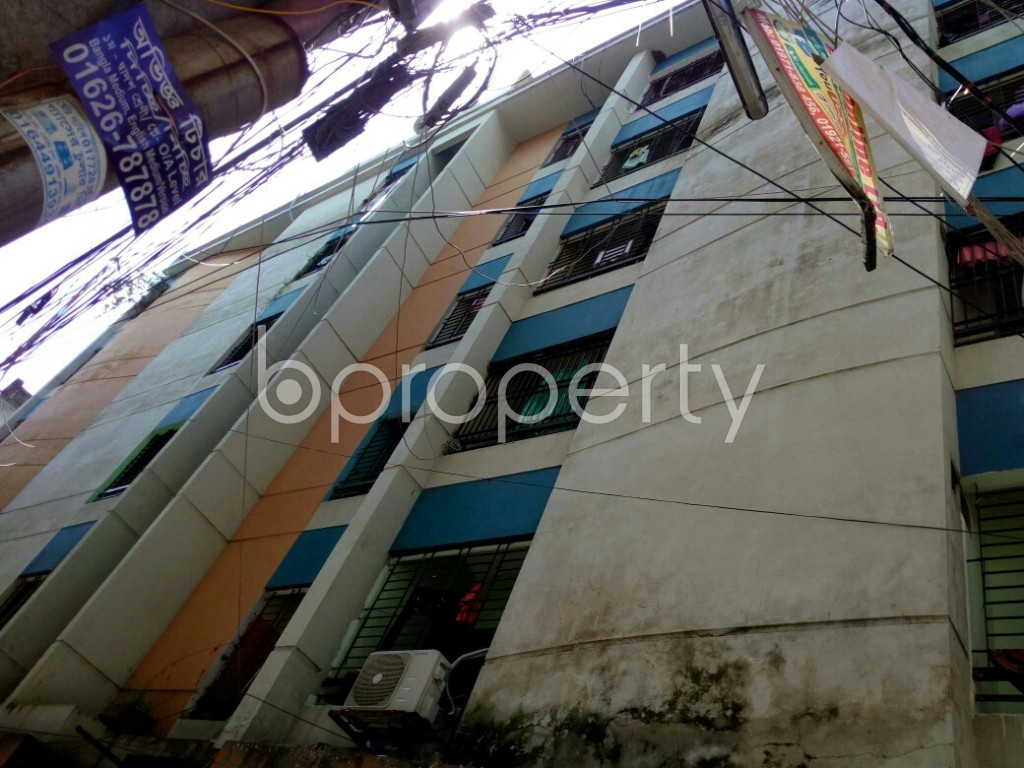 Outside view - 3 Bed Apartment to Rent in Dhanmondi, Dhaka - 1911725