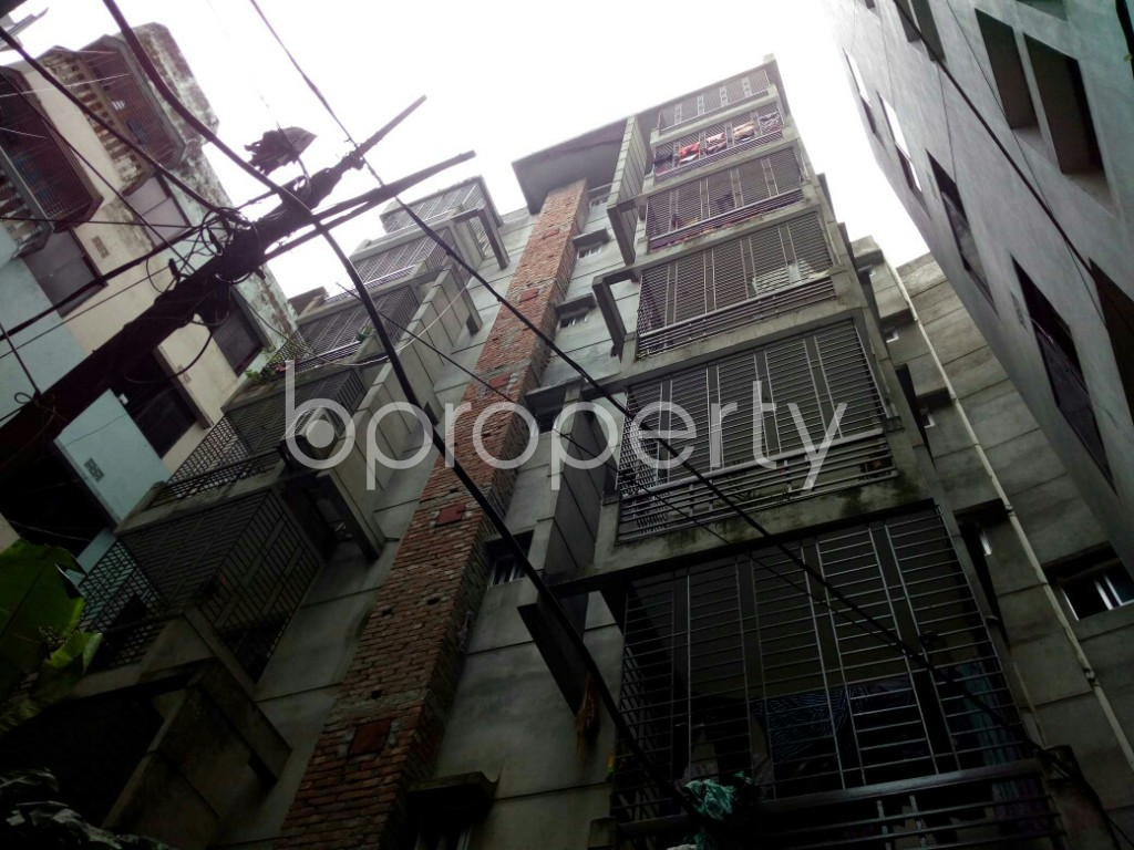 Outside view - 3 Bed Apartment to Rent in Dhanmondi, Dhaka - 1911730