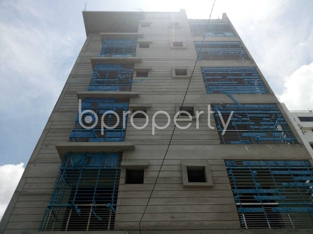 Front view - 2 Bed Apartment for Sale in Aftab Nagar, Dhaka - 1911844