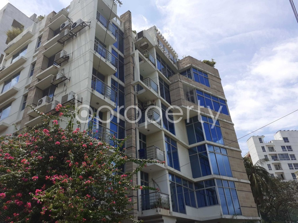 Front view - 4 Bed Apartment for Sale in Banani, Dhaka - 1911865