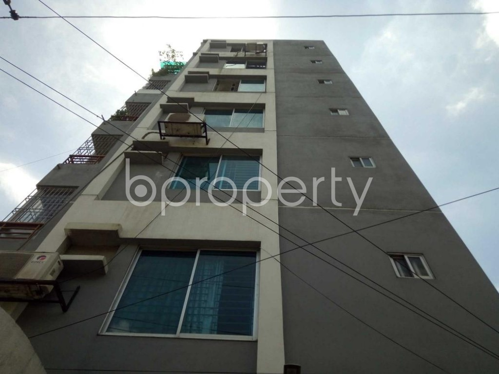 Front view - 3 Bed Apartment for Sale in Bashundhara R-A, Dhaka - 1911905
