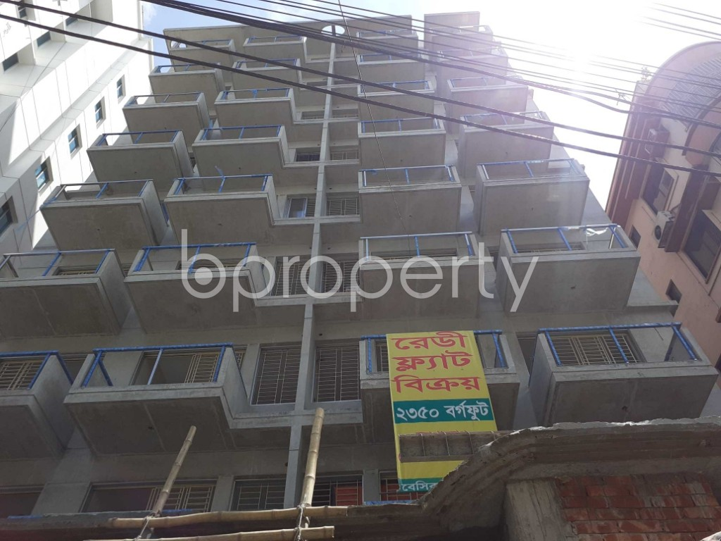 Front view - 4 Bed Apartment for Sale in Banani, Dhaka - 1911949