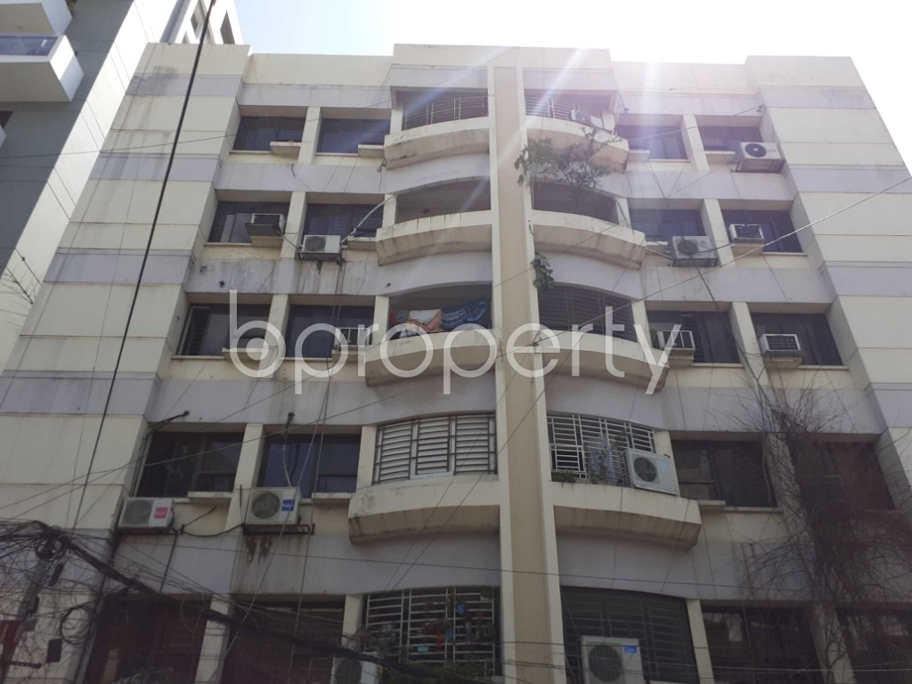 Front view - 3 Bed Apartment for Sale in Banani, Dhaka - 1912101