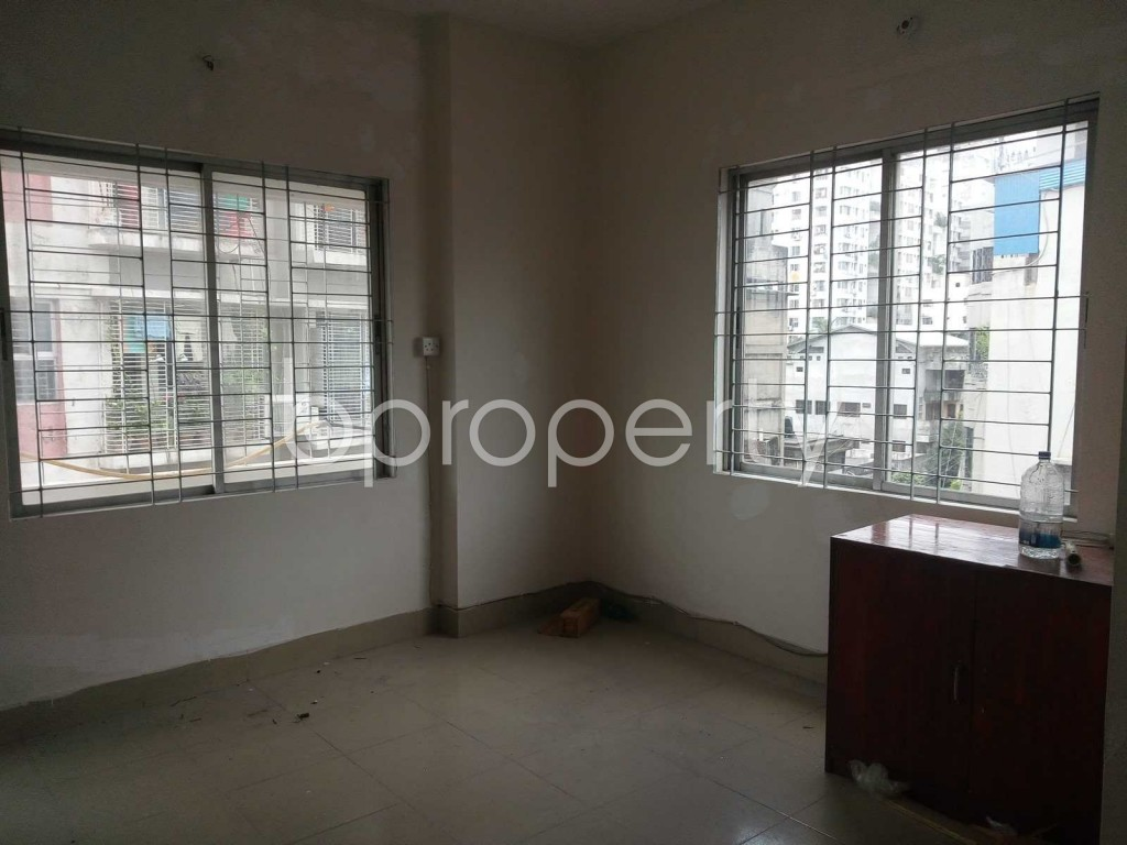 Commercial inside - Office to Rent in Motijheel, Dhaka - 1912205