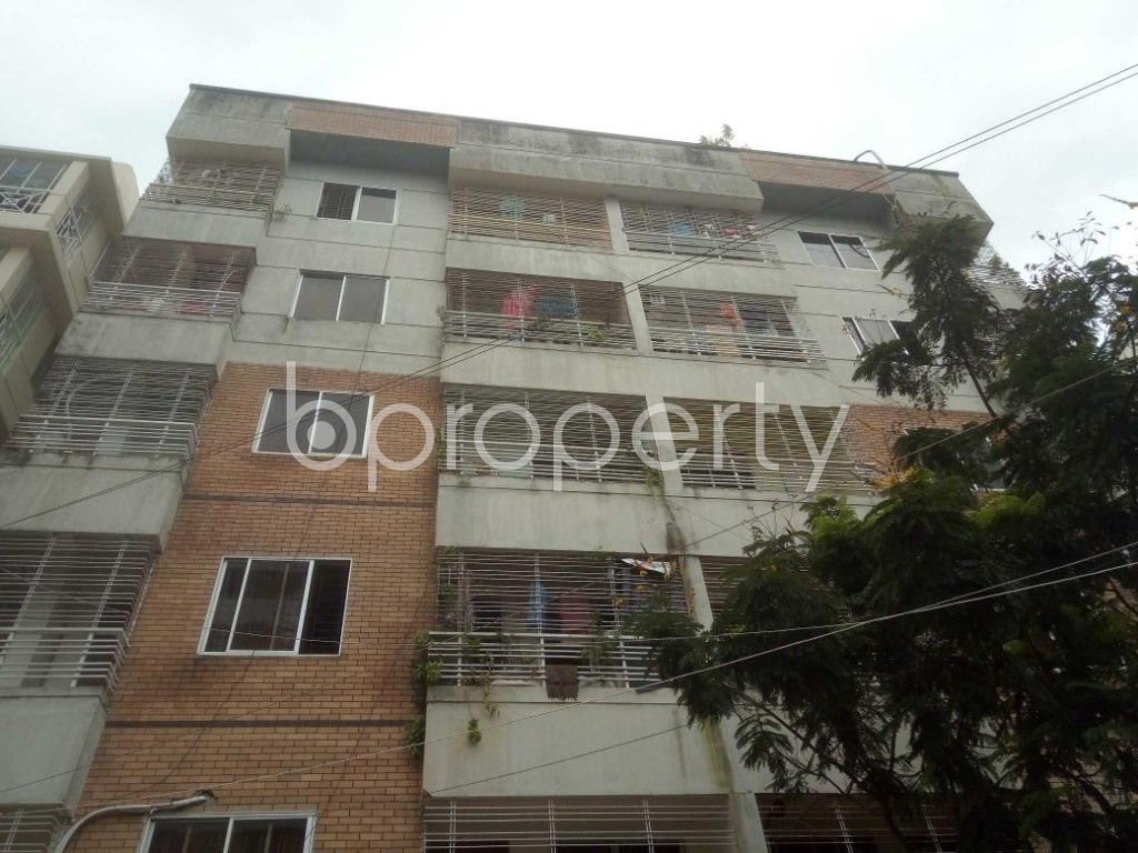 Front view - 3 Bed Apartment to Rent in Mirpur, Dhaka - 1912365
