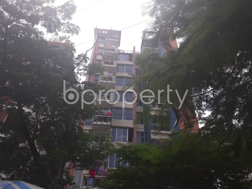 Front view - 3 Bed Apartment to Rent in Bashundhara R-A, Dhaka - 1912376