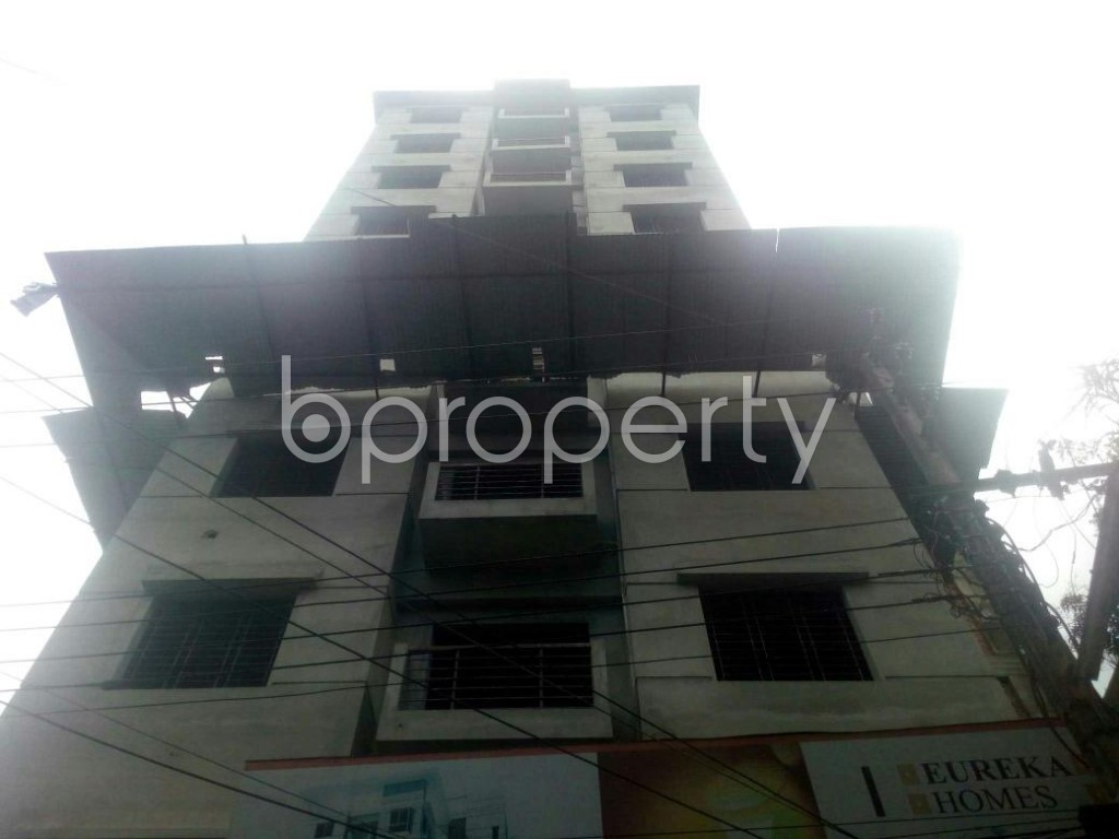 Front view - 3 Bed Apartment for Sale in Rampura, Dhaka - 1912372