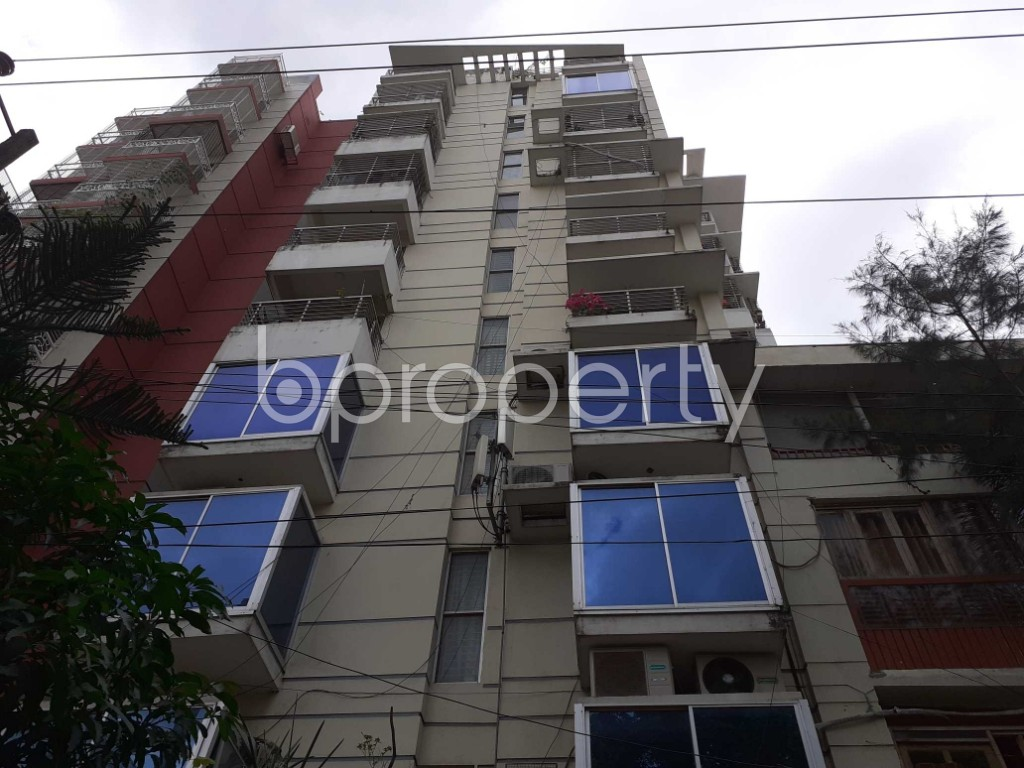 Front view - 3 Bed Apartment to Rent in Bashundhara R-A, Dhaka - 1912390
