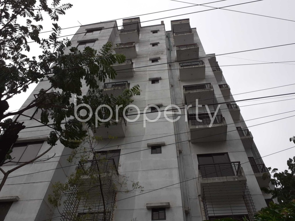 Front view - 3 Bed Apartment for Sale in Bashundhara R-A, Dhaka - 1912458