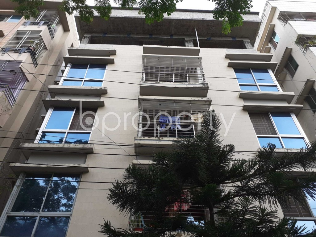 Front view - 3 Bed Apartment to Rent in Bashundhara R-A, Dhaka - 1912477