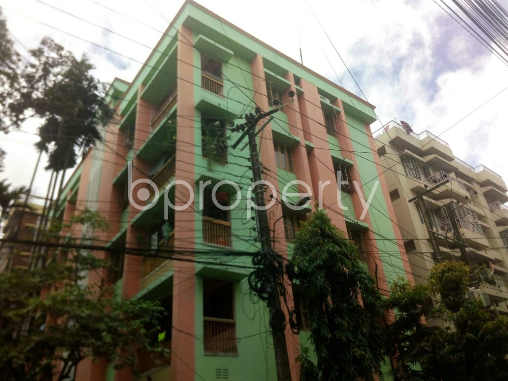 Outside view - 3 Bed Apartment to Rent in Panchlaish, Chattogram - 1912519