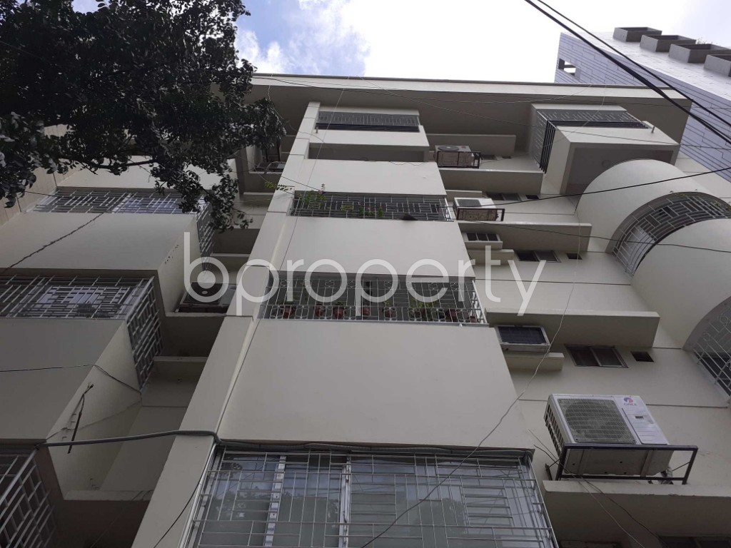Front view - 3 Bed Apartment to Rent in Banani, Dhaka - 1912551