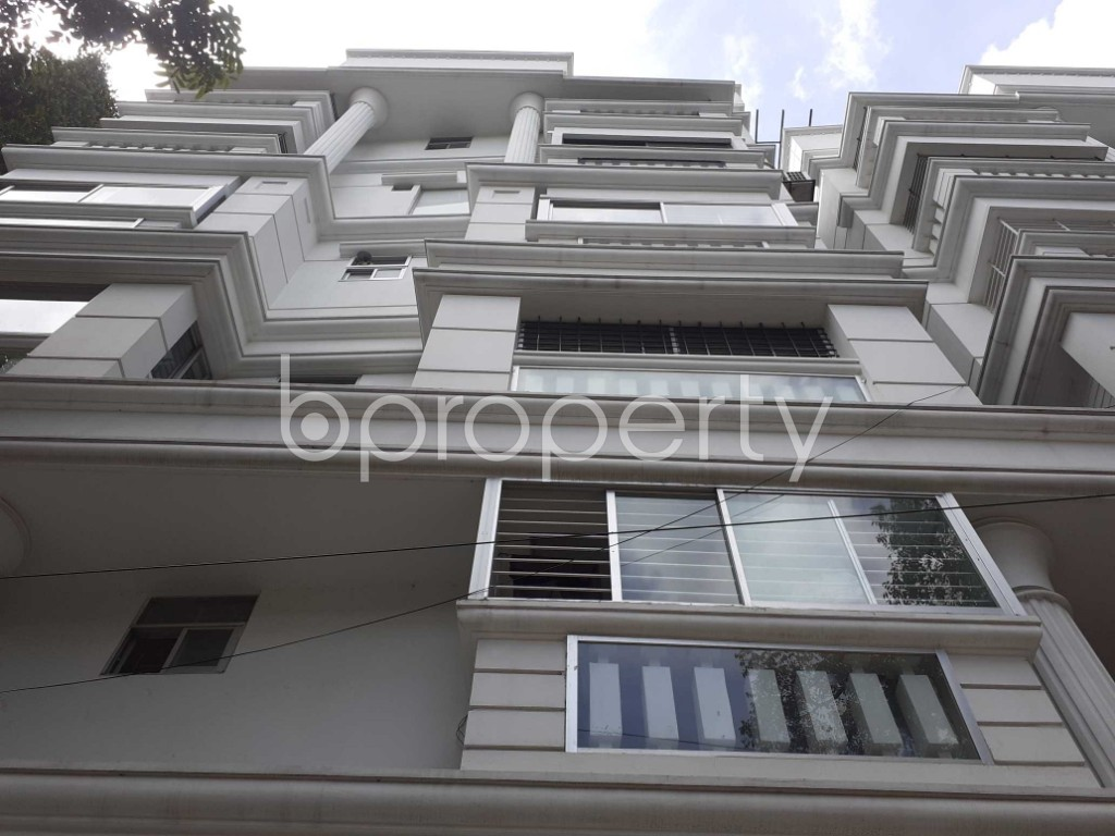 Front view - 3 Bed Apartment to Rent in Banani, Dhaka - 1912552