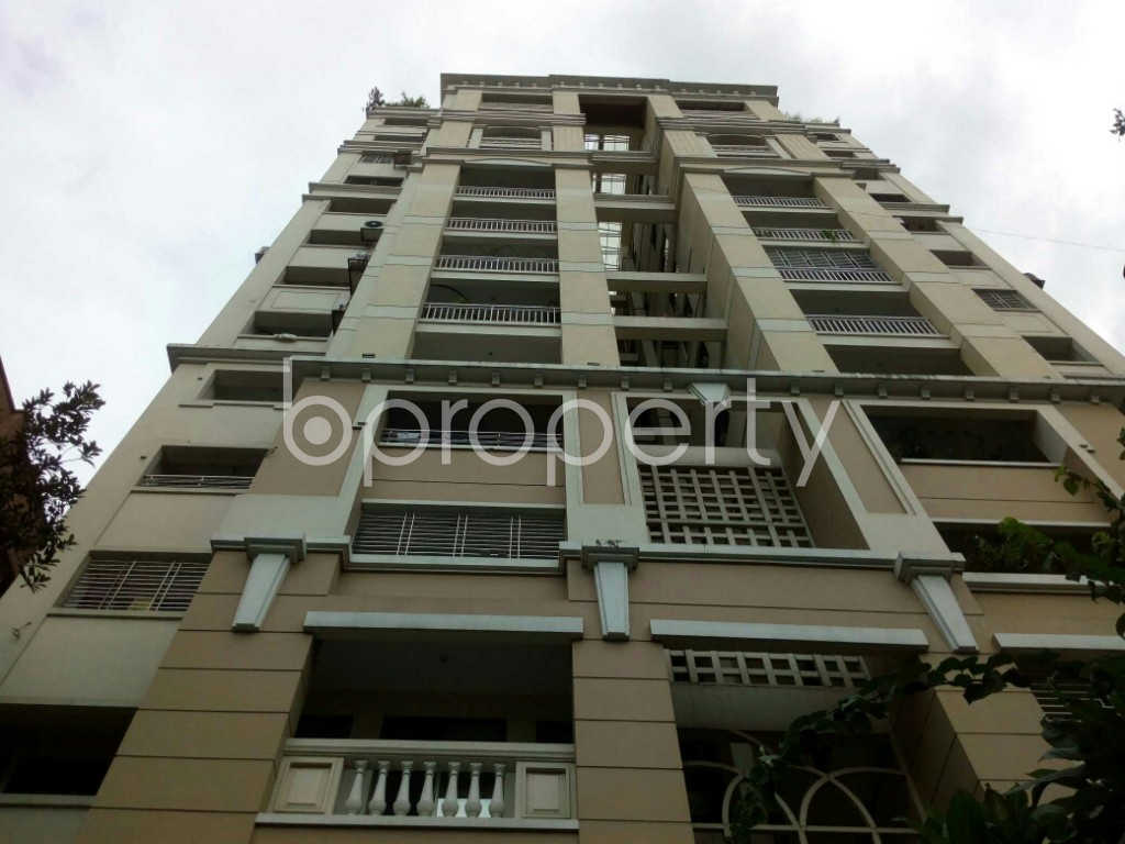 Front view - 4 Bed Apartment for Sale in Dhanmondi, Dhaka - 1912561
