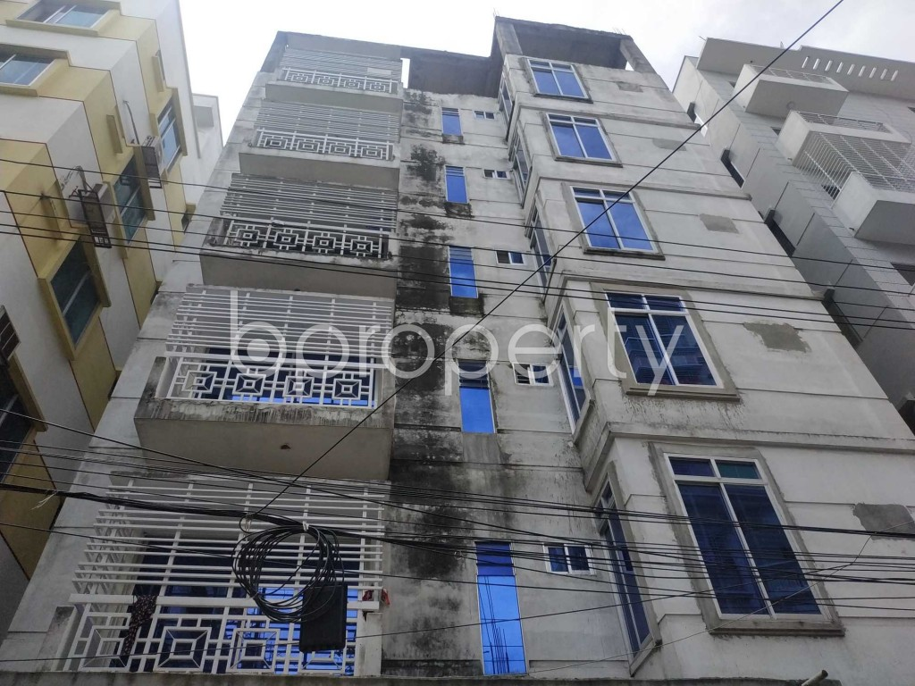 Front view - 3 Bed Apartment to Rent in Bashundhara R-A, Dhaka - 1912568