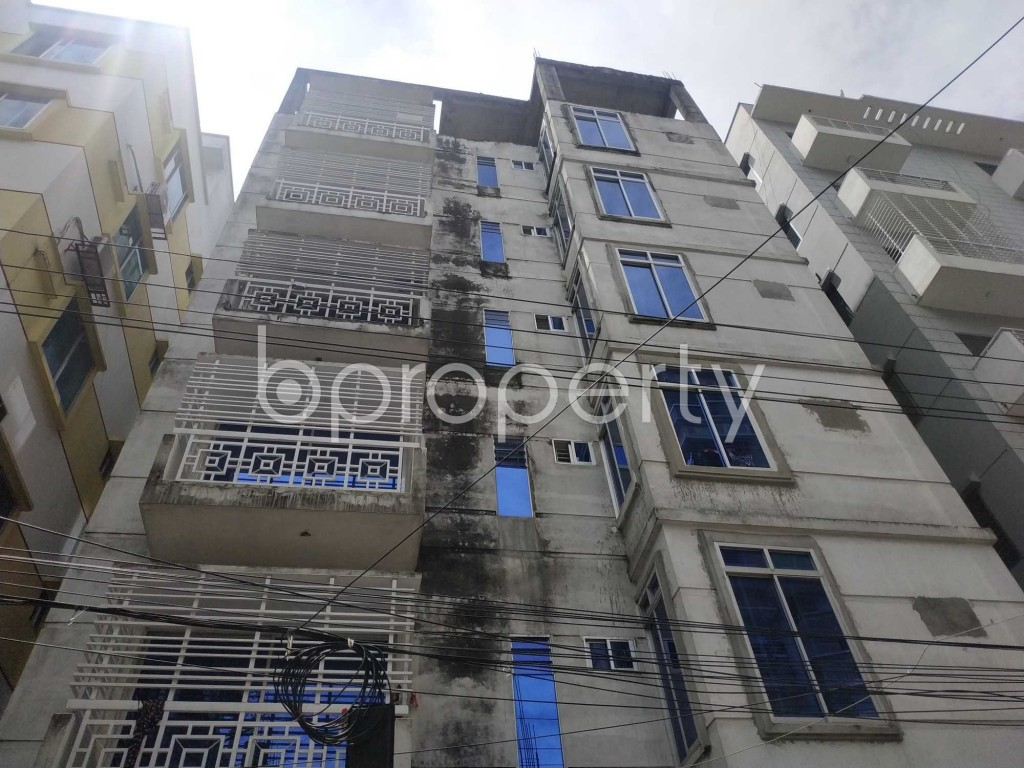 Front view - 3 Bed Apartment to Rent in Bashundhara R-A, Dhaka - 1912569